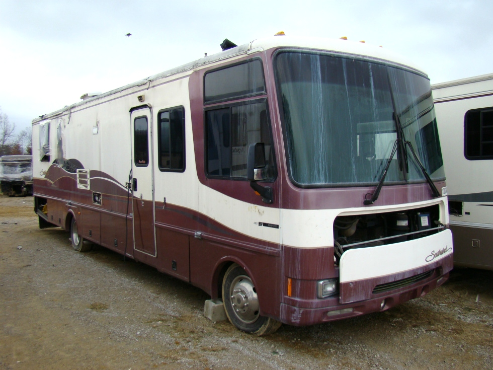 M240428.1 fleetwood motorhome parts rv exterior body panels used rv parts 1999 southwind chassis wiring diagram at aneh.co
