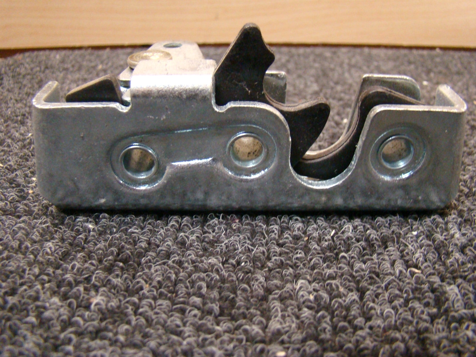 NEW RV OR HOME DOOR LATCH SIZE: 4 1/2