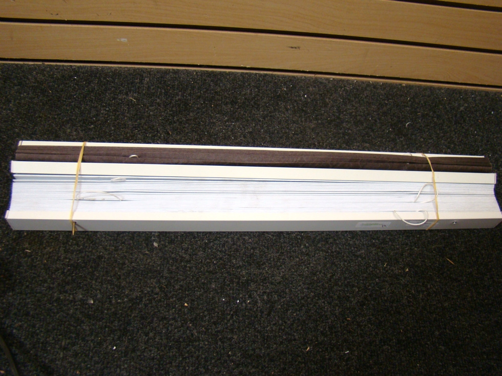 USED RV OR HOME FLEETWOOD WHITE BLINDS 24 1/2