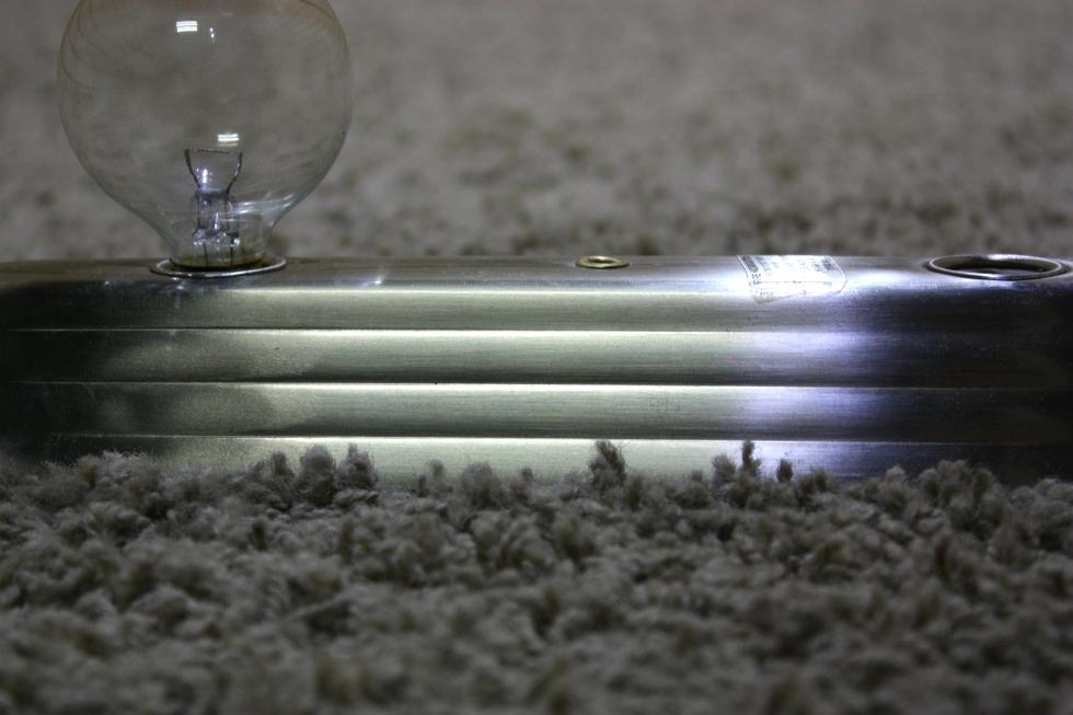Vanity Light Bar Parts : RV Interiors USED RV 15 INCH VANITY 3 BULB LIGHT BAR FOR SALE Interior Lights WHERE TO BUY ...