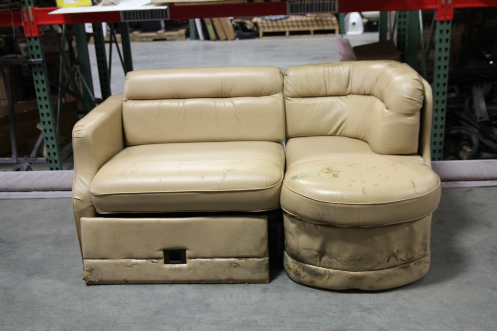 Captivating USED RV MOTORHOME RECOVERABLE FLEXSTEEL LEATHER CAMPER J LOUNGE INTERIOR  SOFA