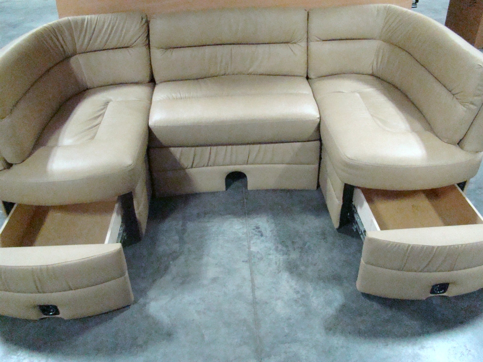 USED RV/MOTORHOME/CAMPER FURNITURE GRAND DESIGN U SHAPED KITCHEN DINETTE SET
