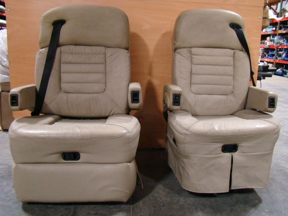 28 New Rv Captains Chairs Sit Rv Sofa With Seat Belts Beldon Rv Captains Chairs Rv 49