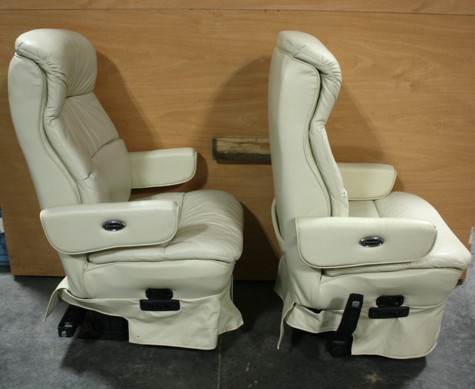 RV Furniture USED MOTORHOME FLEXSTEEL SET OF 2 LEATHER