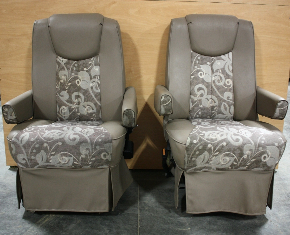 Rv Furniture Used Rv Vinyl Cloth Set Of 2 Captain Chairs For Sale Rv Captains Chairs Gray