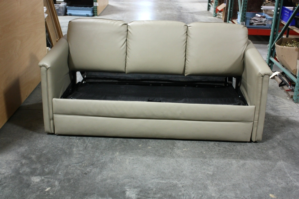 Rv furniture used rv flexsteel ultra leather sleeper sofa for Used leather sofa set